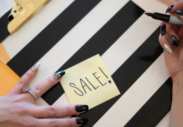 8 Organic Ways You Can Tackle Seasonal Sales as an Ecommerce Brand